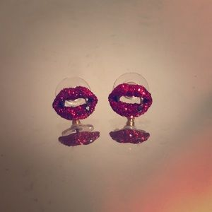 Betsey Johnson vampire lips earrings